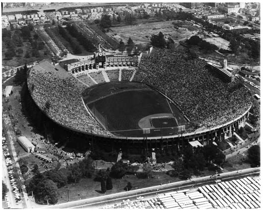 Dodgers_in_the Colleseum